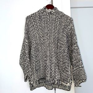 ZARA KNIT Hooded Cable Knit Sweater in Size M